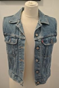 Levis sleeveless jacket